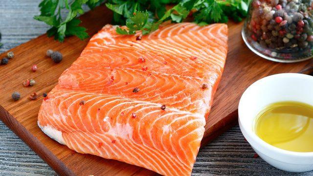 thyroid foods Raw salmon