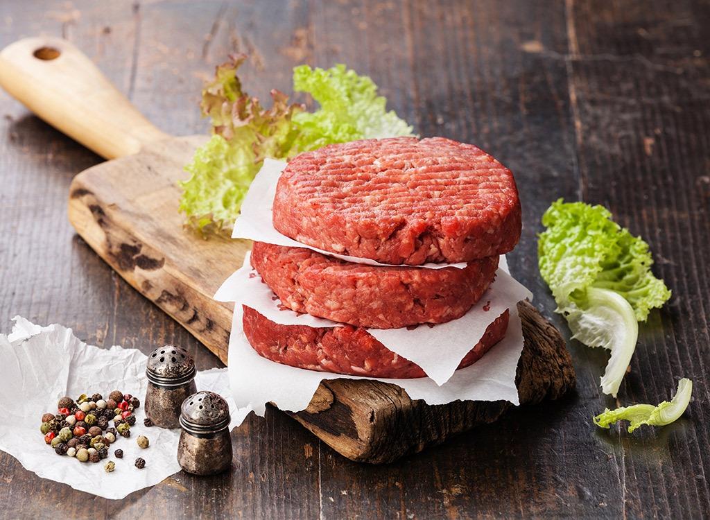 uncooked ground beef patties