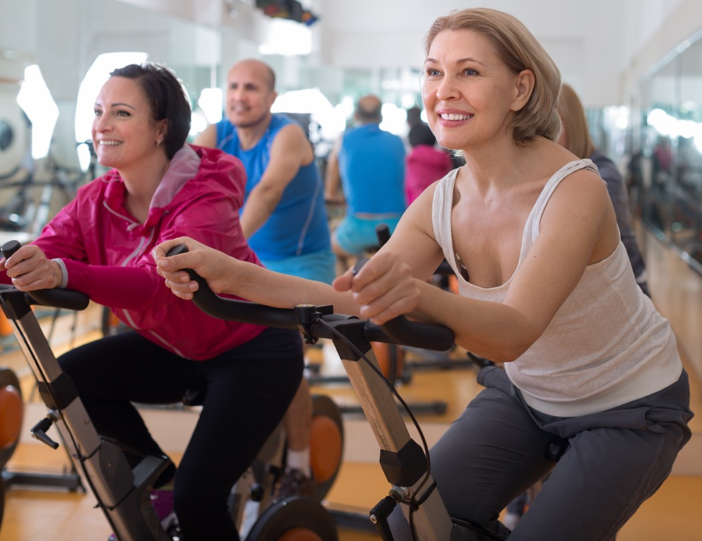 two women on bikes, weight loss motivation
