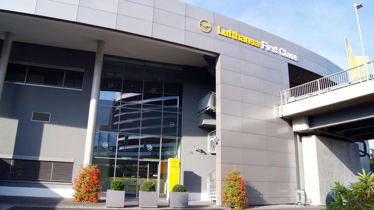 frankfurt airport lufthansa first class terminal, airport lounges