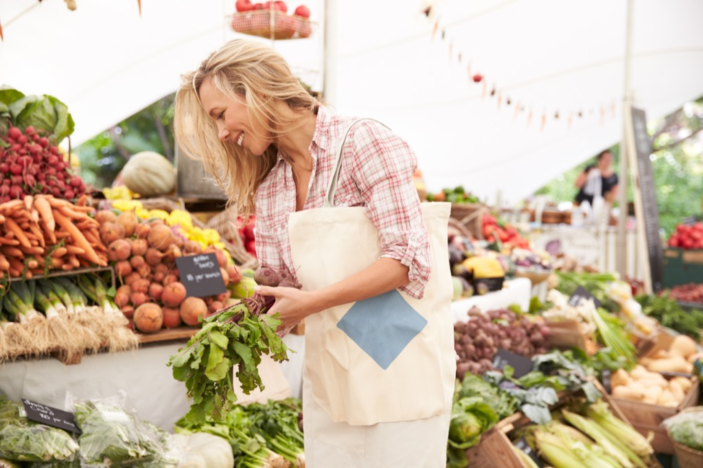 Side hustle farmers market
