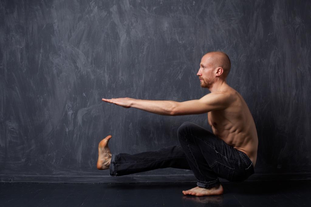 Exercises, one leg squat