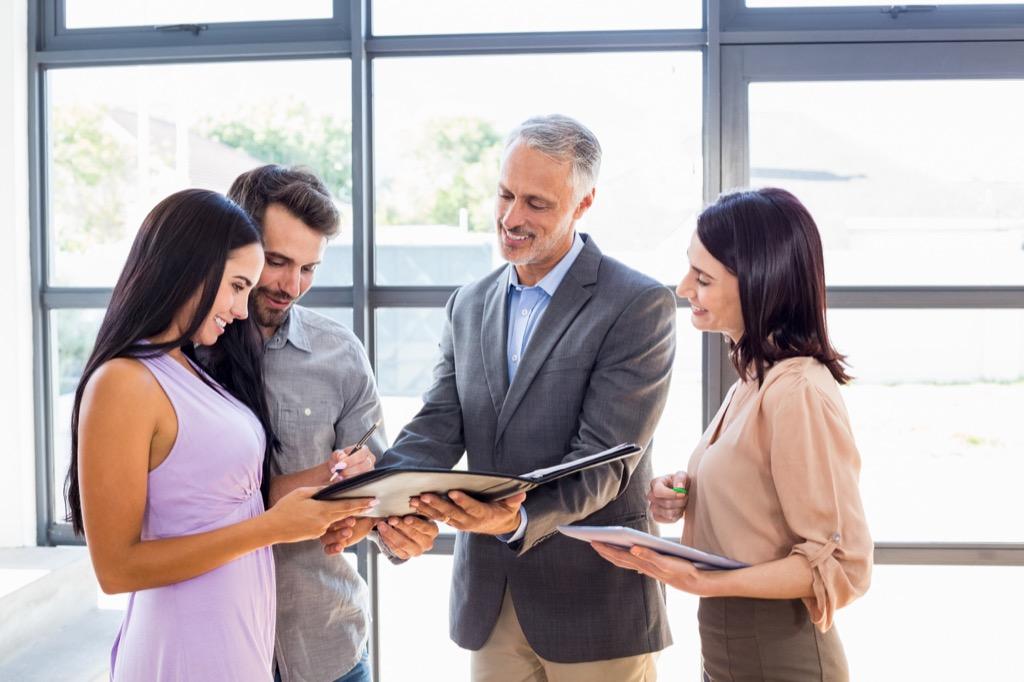 Side hustle real estate agent