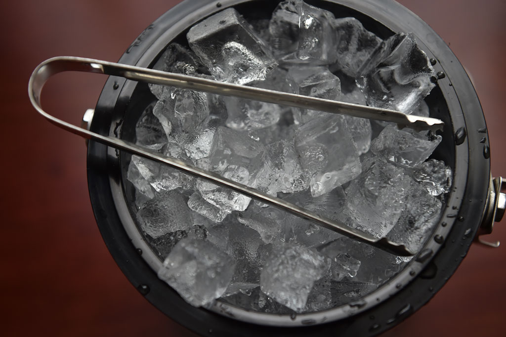 ice for martini
