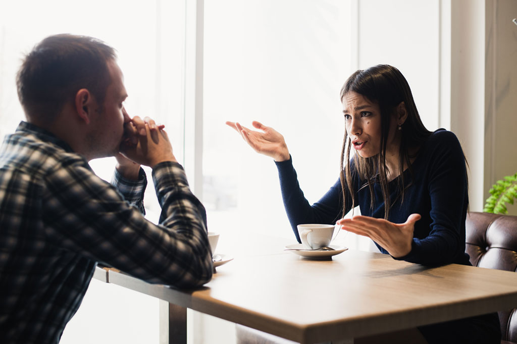 Couple fighting in therapy