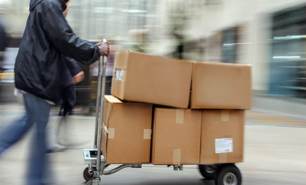 Side hustle box service