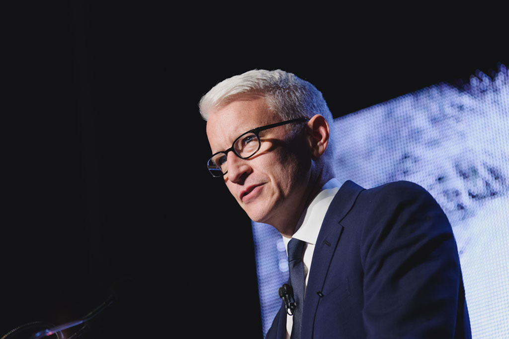 Anderson Cooper broadcasts from Toronto