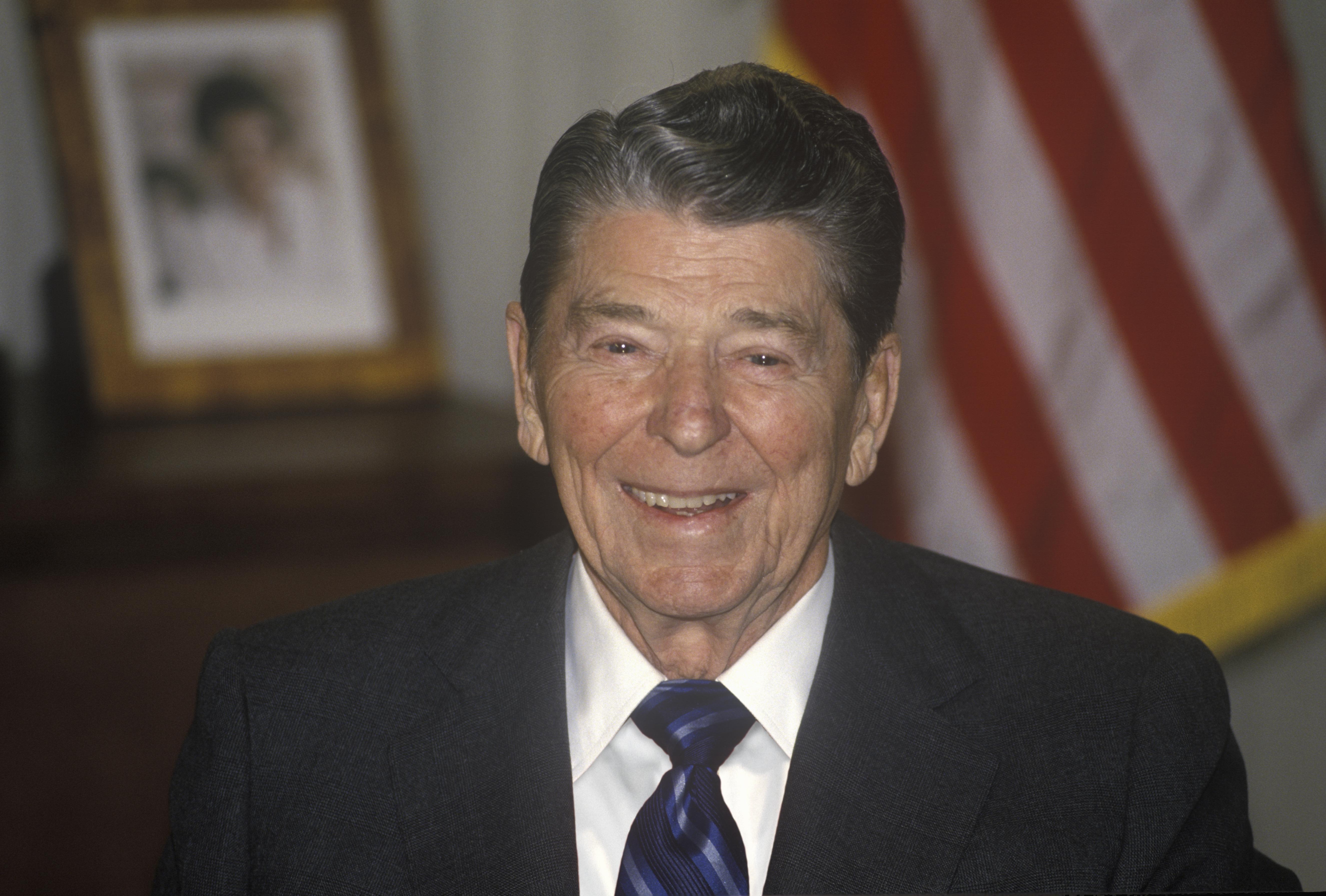 ronald reagan success quotes, insulting politicians
