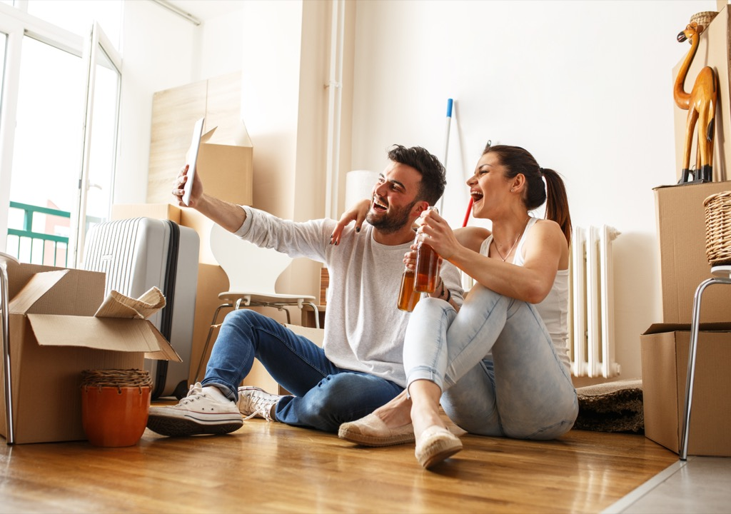 changing their surroundings can help young couples relax together