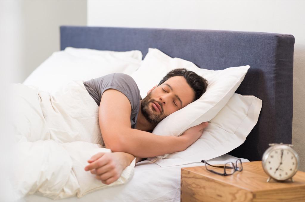 sleep, controlling cravings