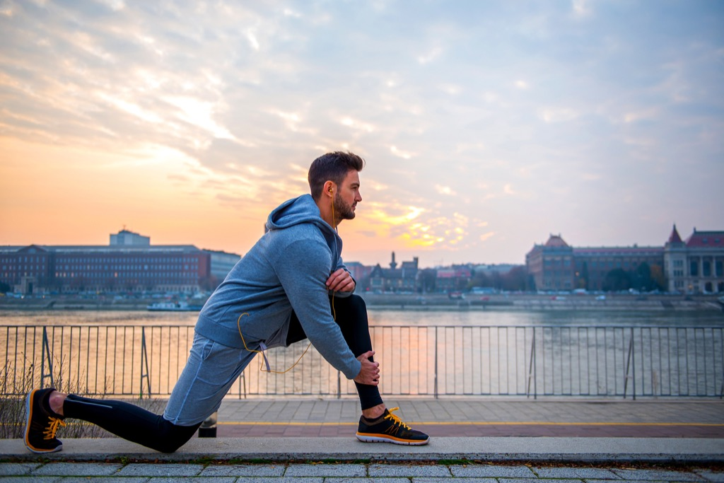 stretches best lunge Health Boosters