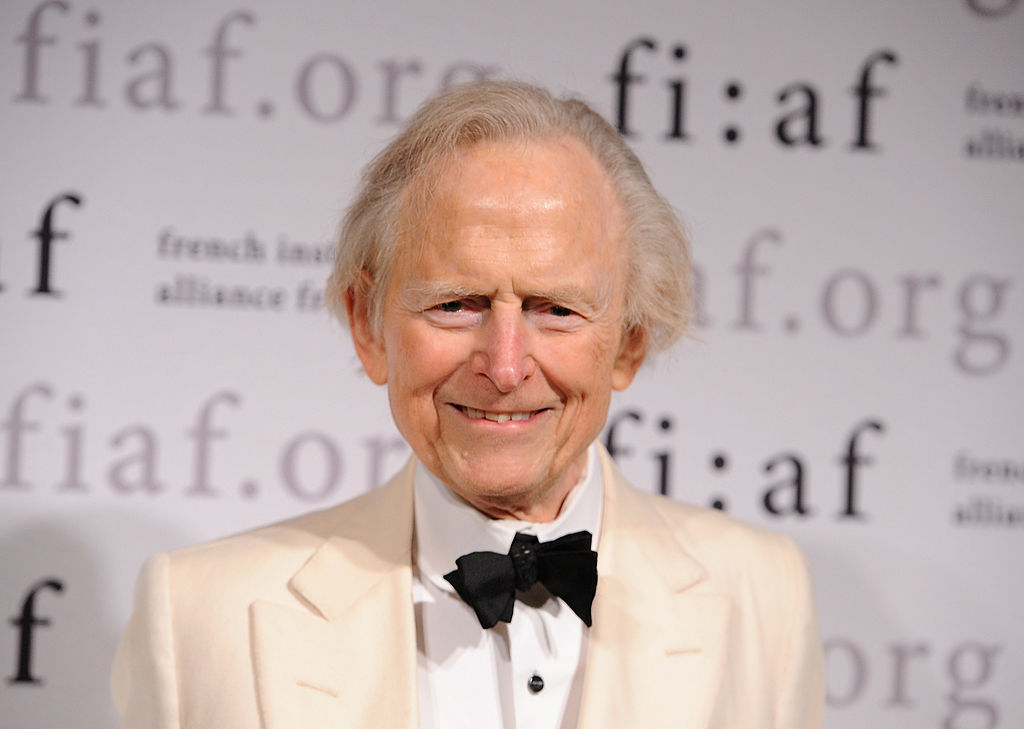 tom wolfe wears the same thing every day