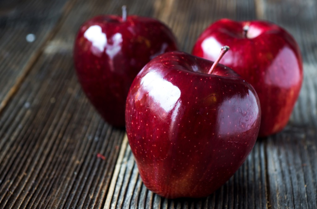 red delicious apple nutrition facts