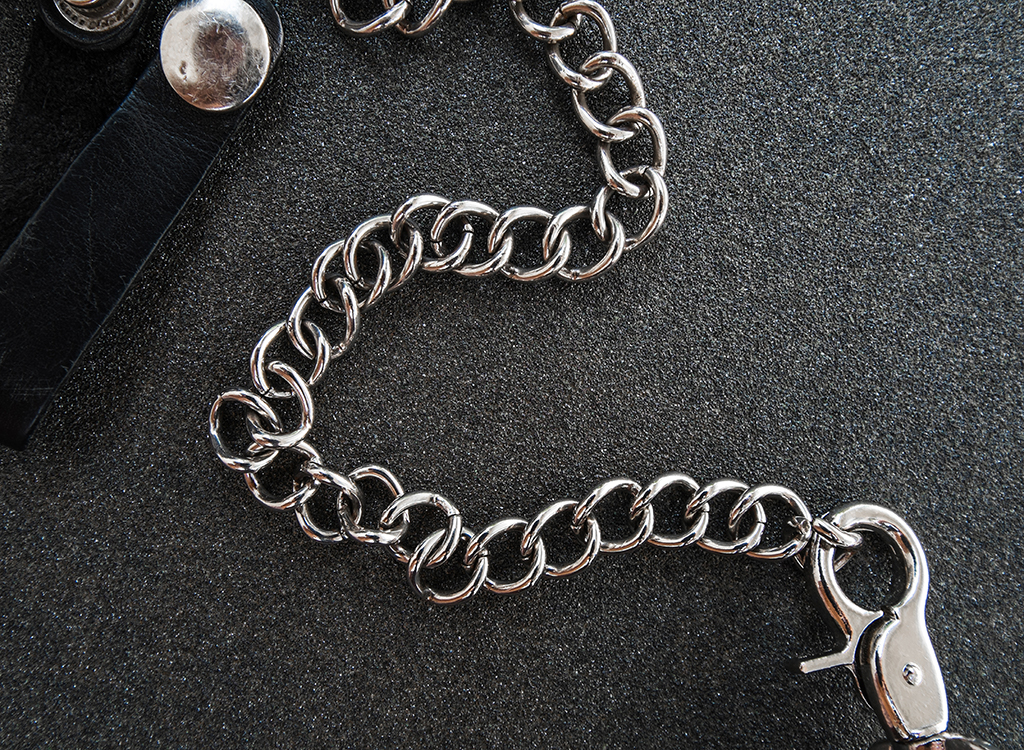 Wallet Chains, 40s, what to give up in your 40s