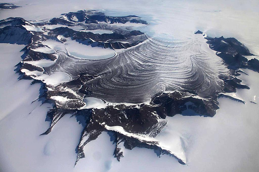 Luxury adventures, antarctica