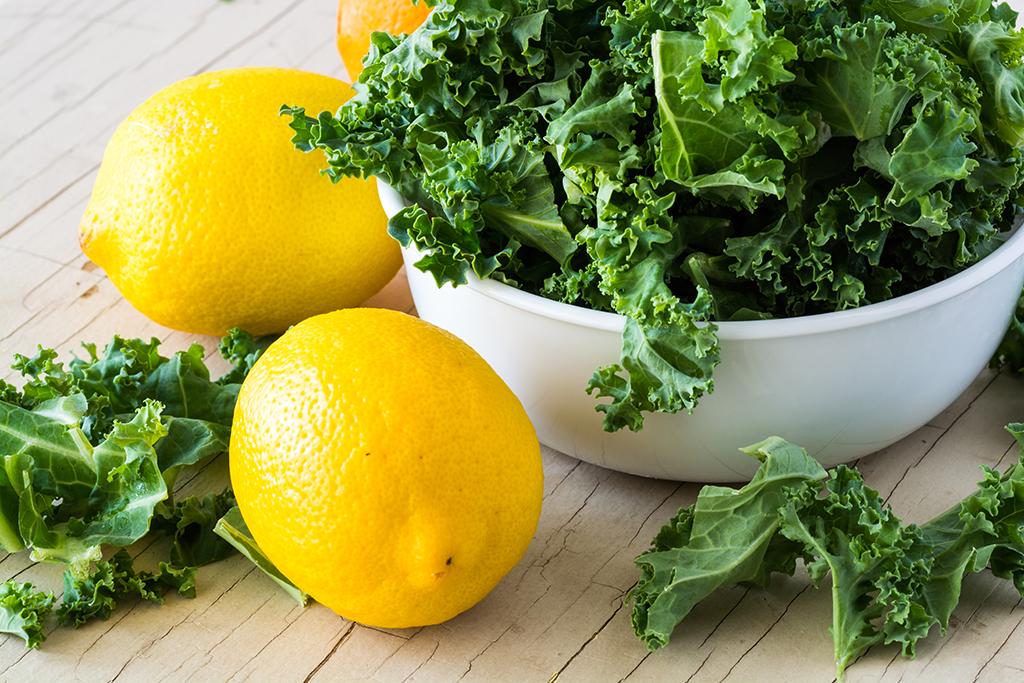 lemon, kale, food synergy