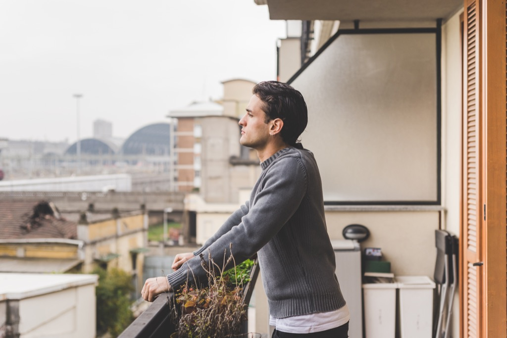 man on a balcony, should i be single