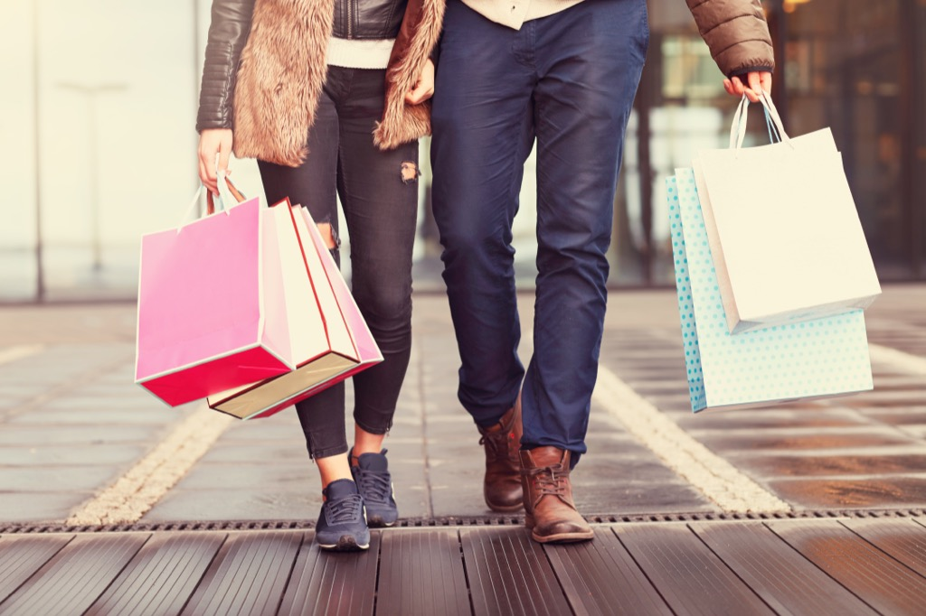 couple with shopping bags, date night ideas