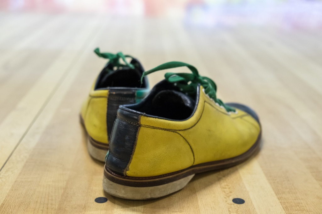 Bowling shoes, what to give up in your 40s