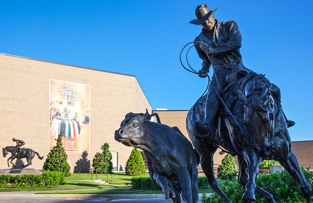 Amarillo, cowboy horse statue, drunkest cities, tax friendly cities