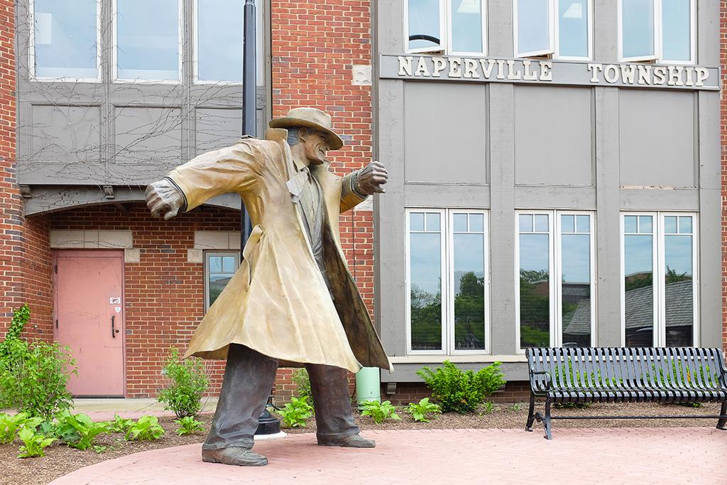 Naperville, longest-living cities, statue, worst singles scenes, longest commutes, commute