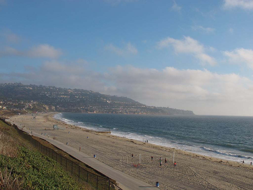 Torrance, CA, Redondo Beach, best singles scenes