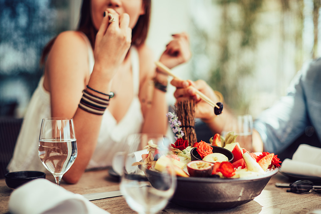 Don't eat out too much if you want to lose weight