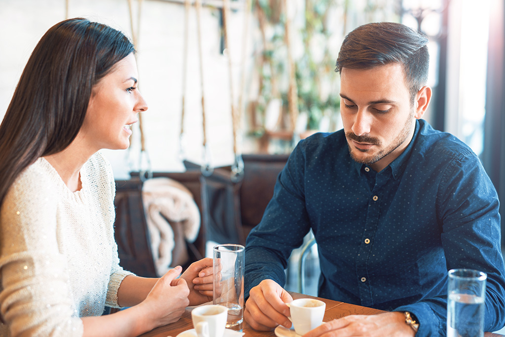 first date questions, essential dating tips for men over 40