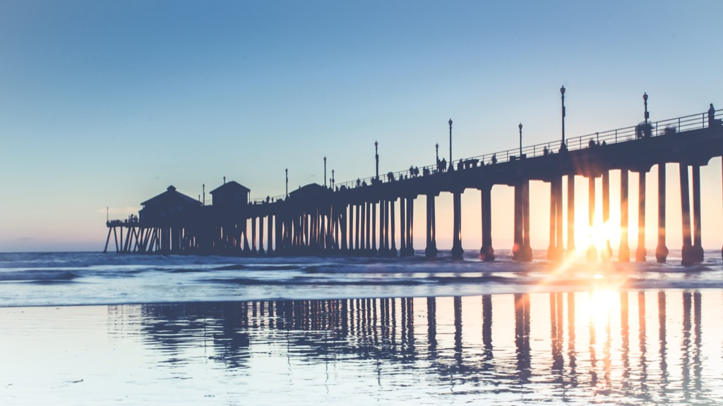 Huntington Beach, happiest cities, fittest cities, healthiest cities, worst singles scenes