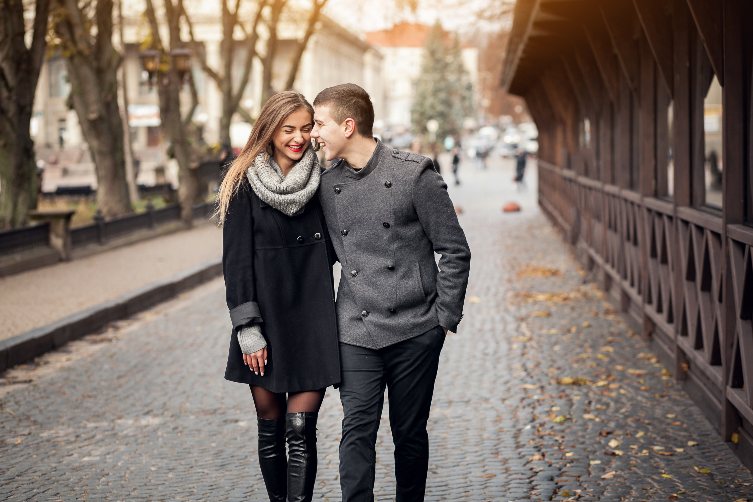 taking a walk can help couples relax