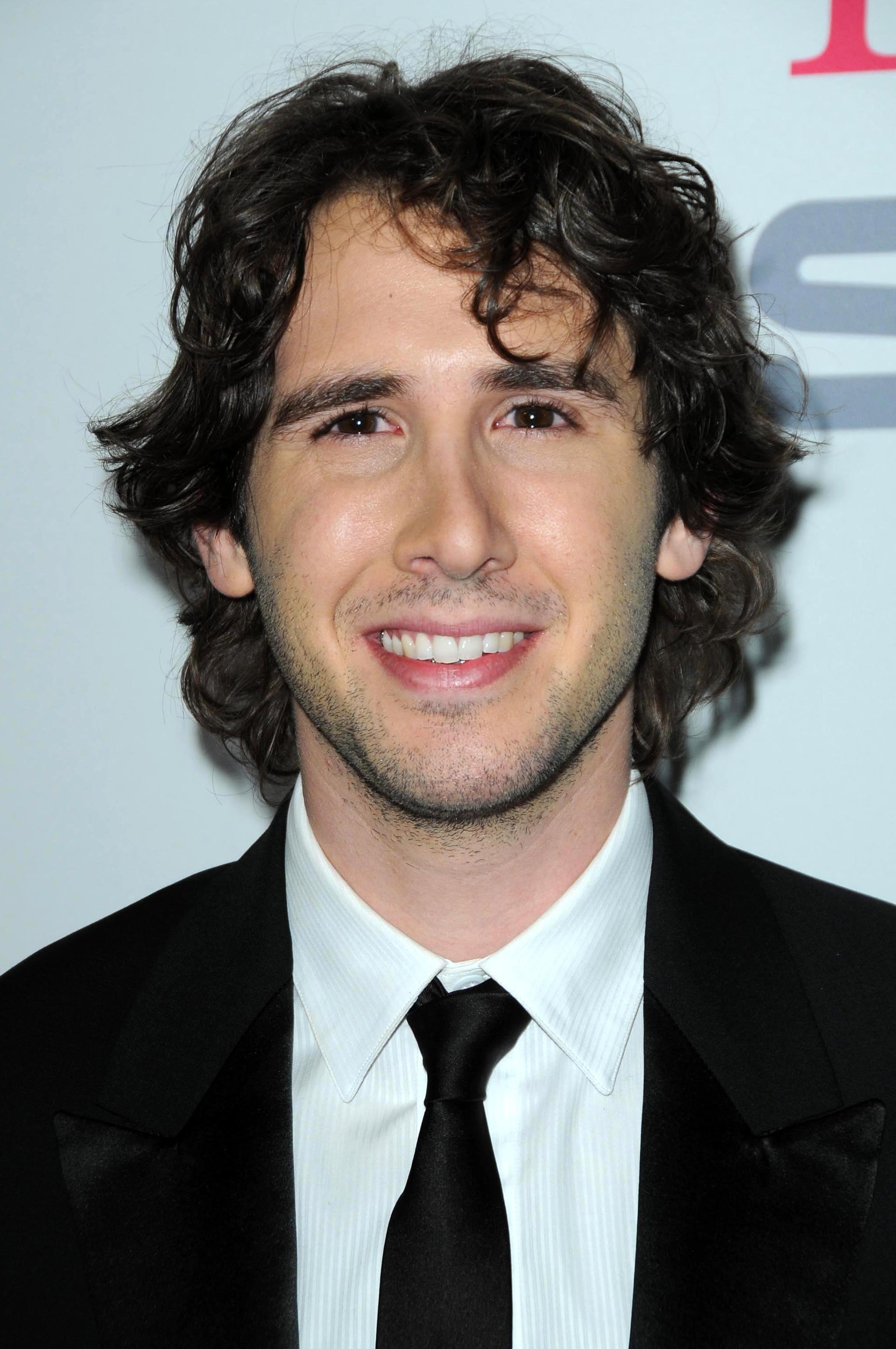 Josh Groban and his curly hair