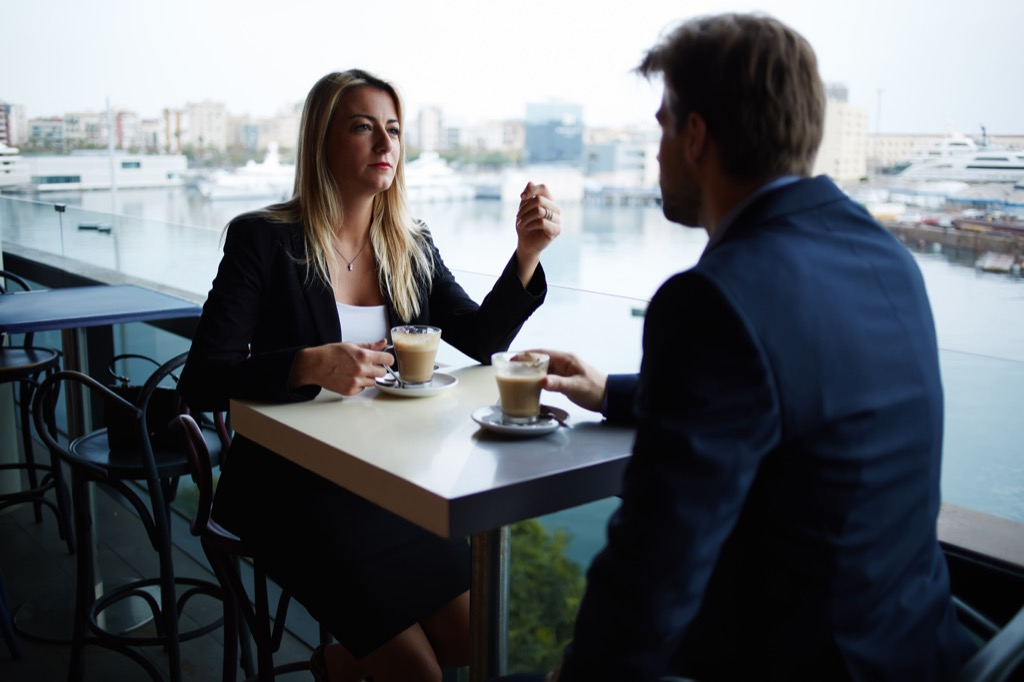 man and woman meeting pet peeves in relationships