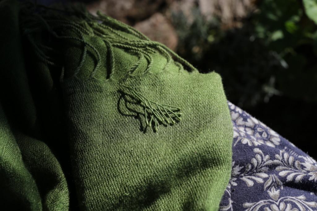 cashmere scarf, brunello cucinelli Organized