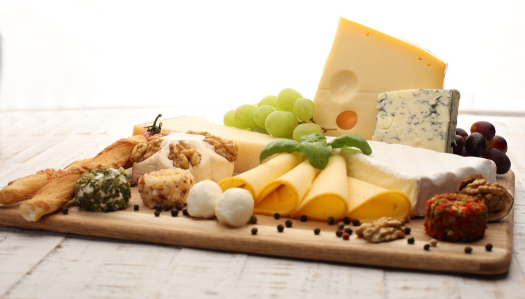 cheese platter, stay lean