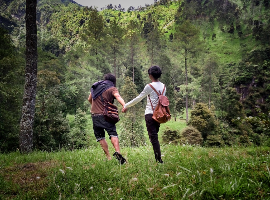 taking a small adventure can help couples relax
