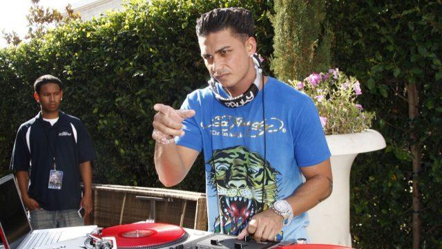 DJ Pauly D bad hair