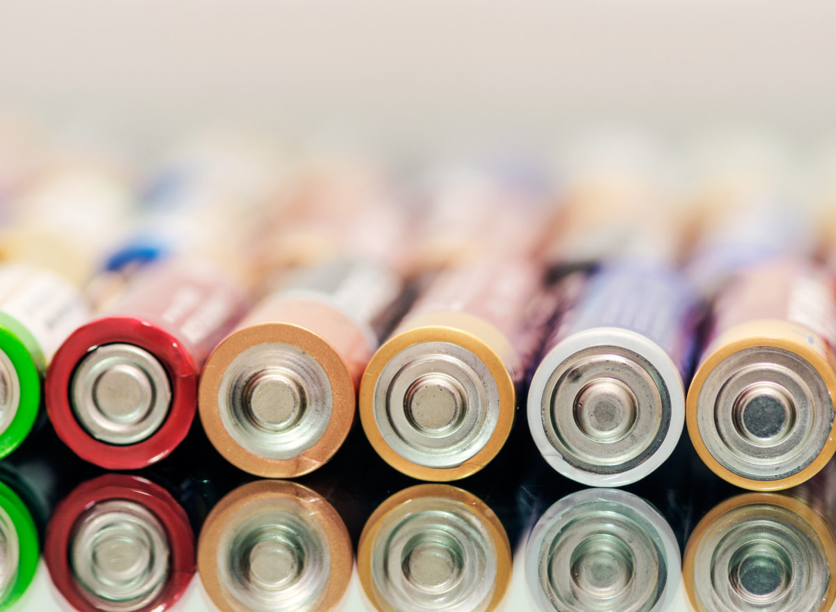 Batteries products you should always buy generic