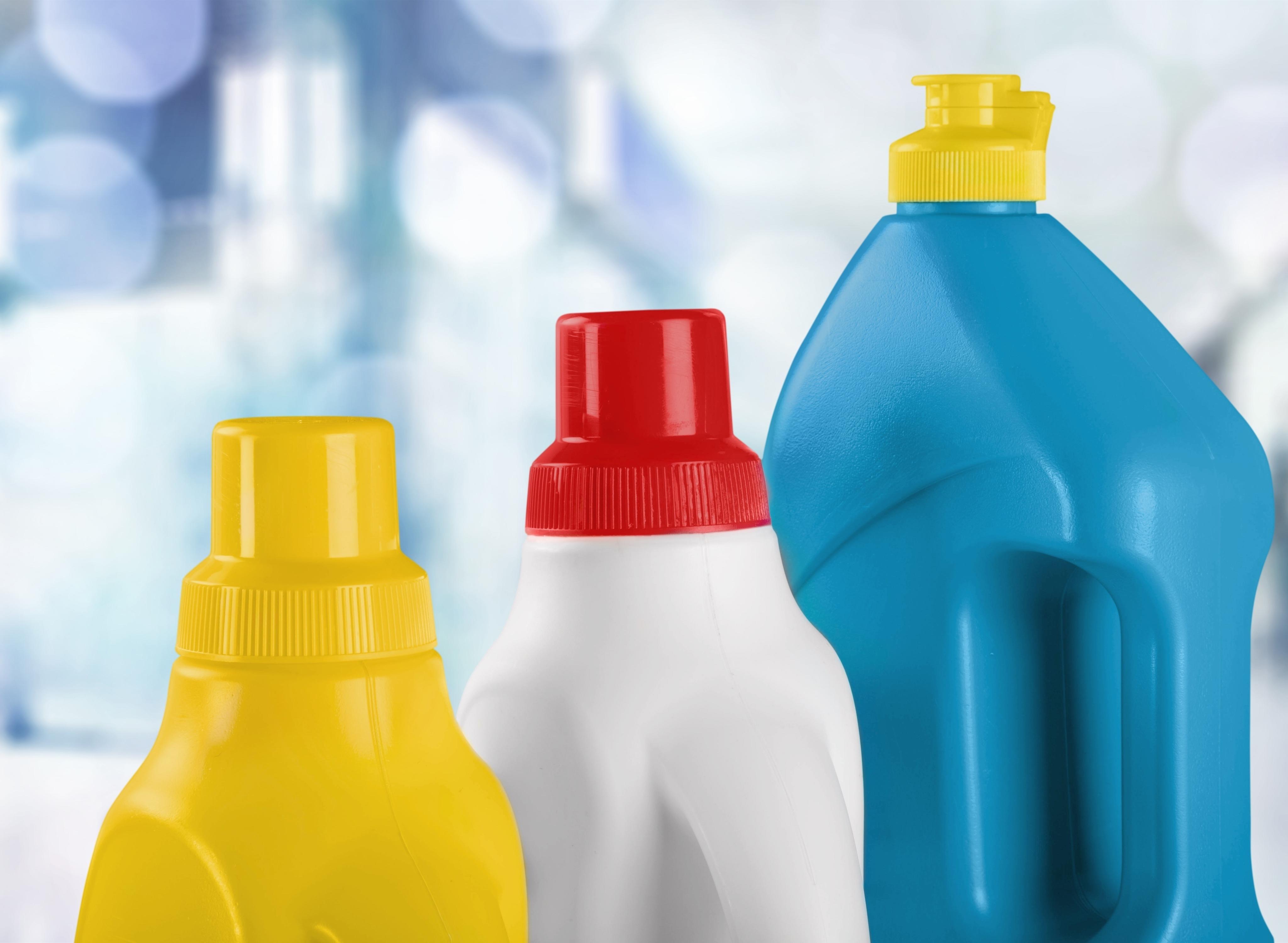 Bleach and detergent housekeeper secrets
