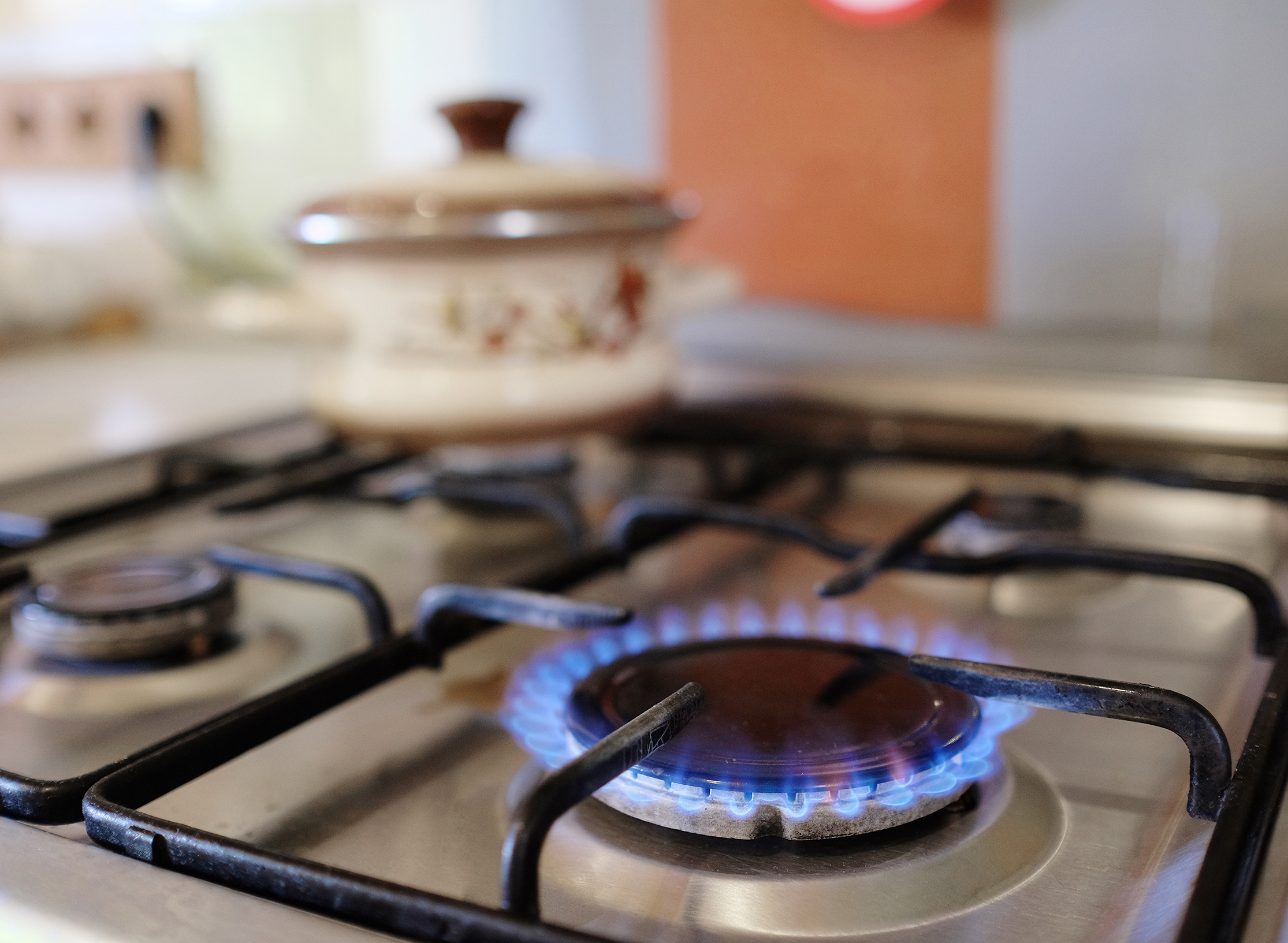 stove with gas burners