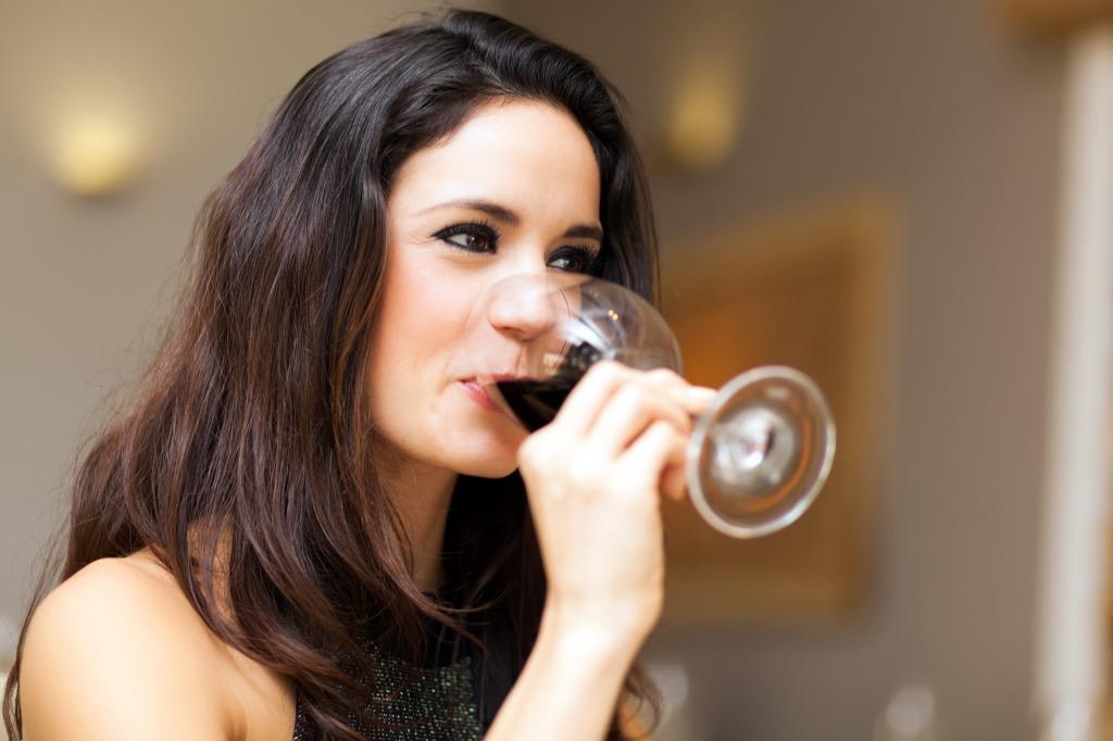 benefits of wine woman