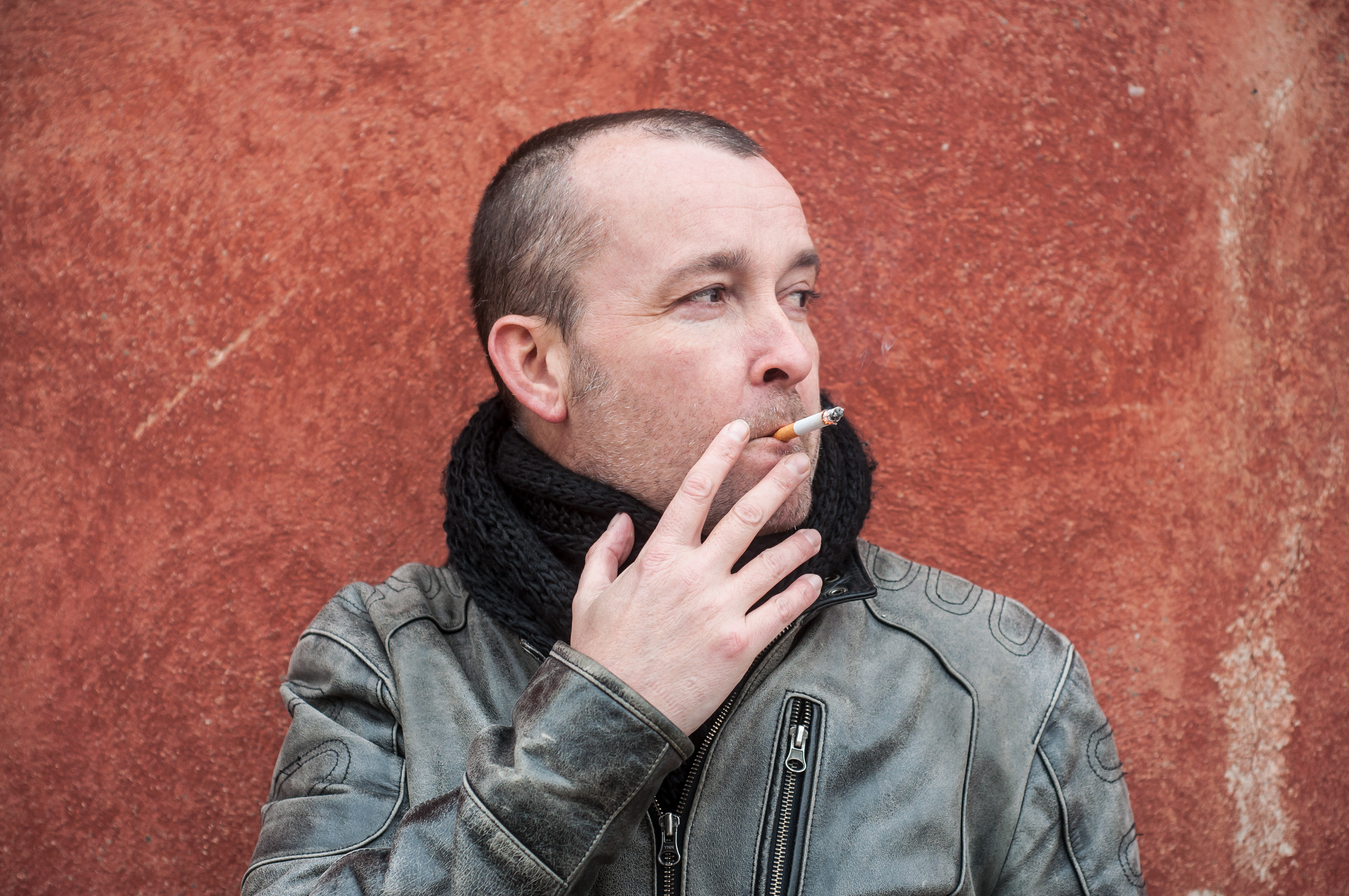 bad habits man smoking