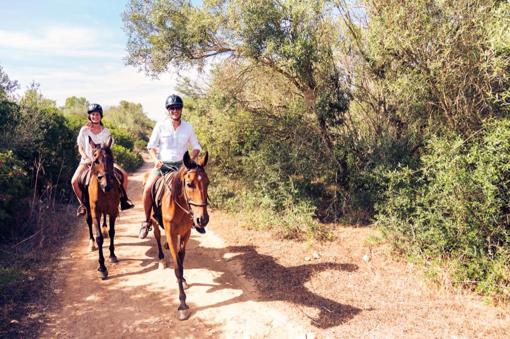 horseback riding, unusual gifts Best Date Ideas