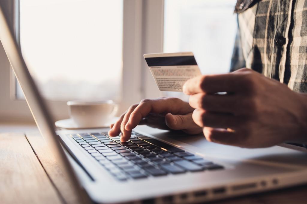 online shopping problems millennial problems