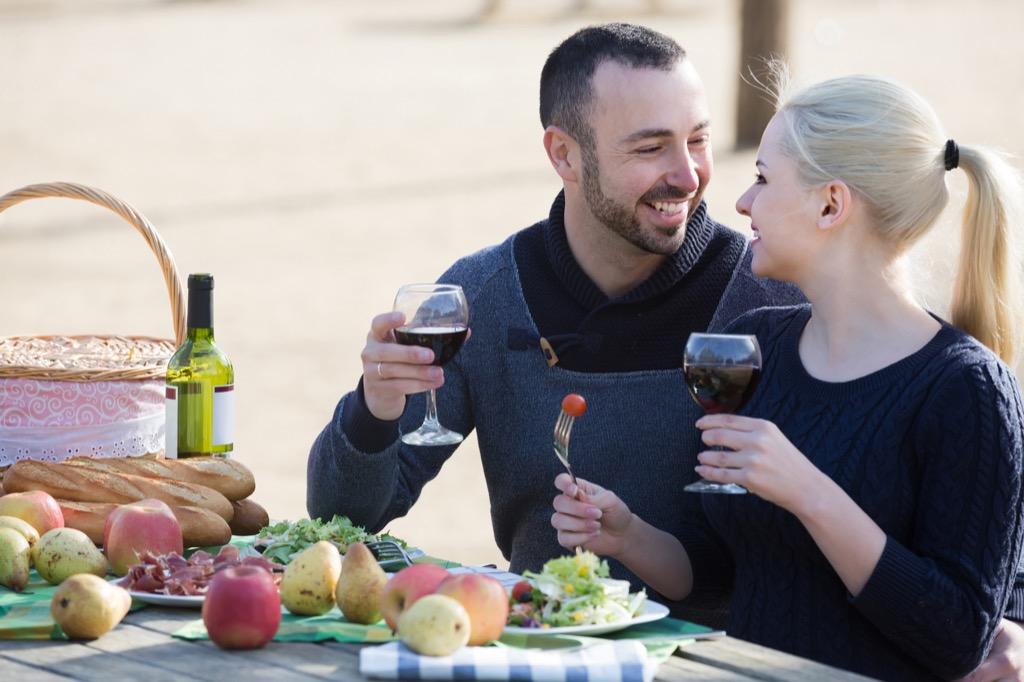 benefits of wine couple drinking