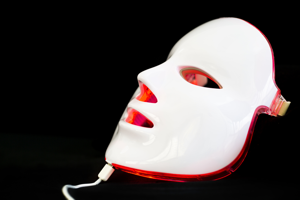 red light face mask, healthy skin after 40