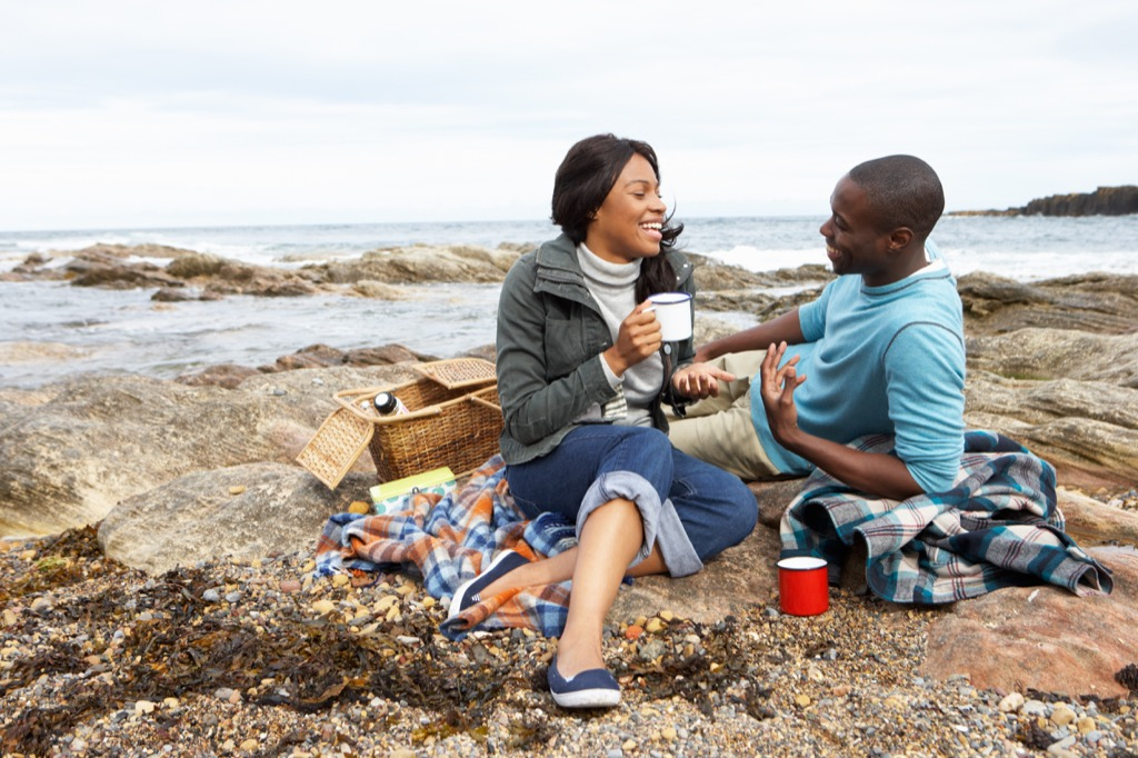 couple at the beach, picnic, 20 phrases she wants to hear