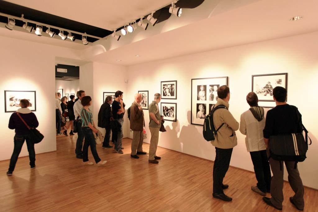 art gallery opening, Best Date Ideas