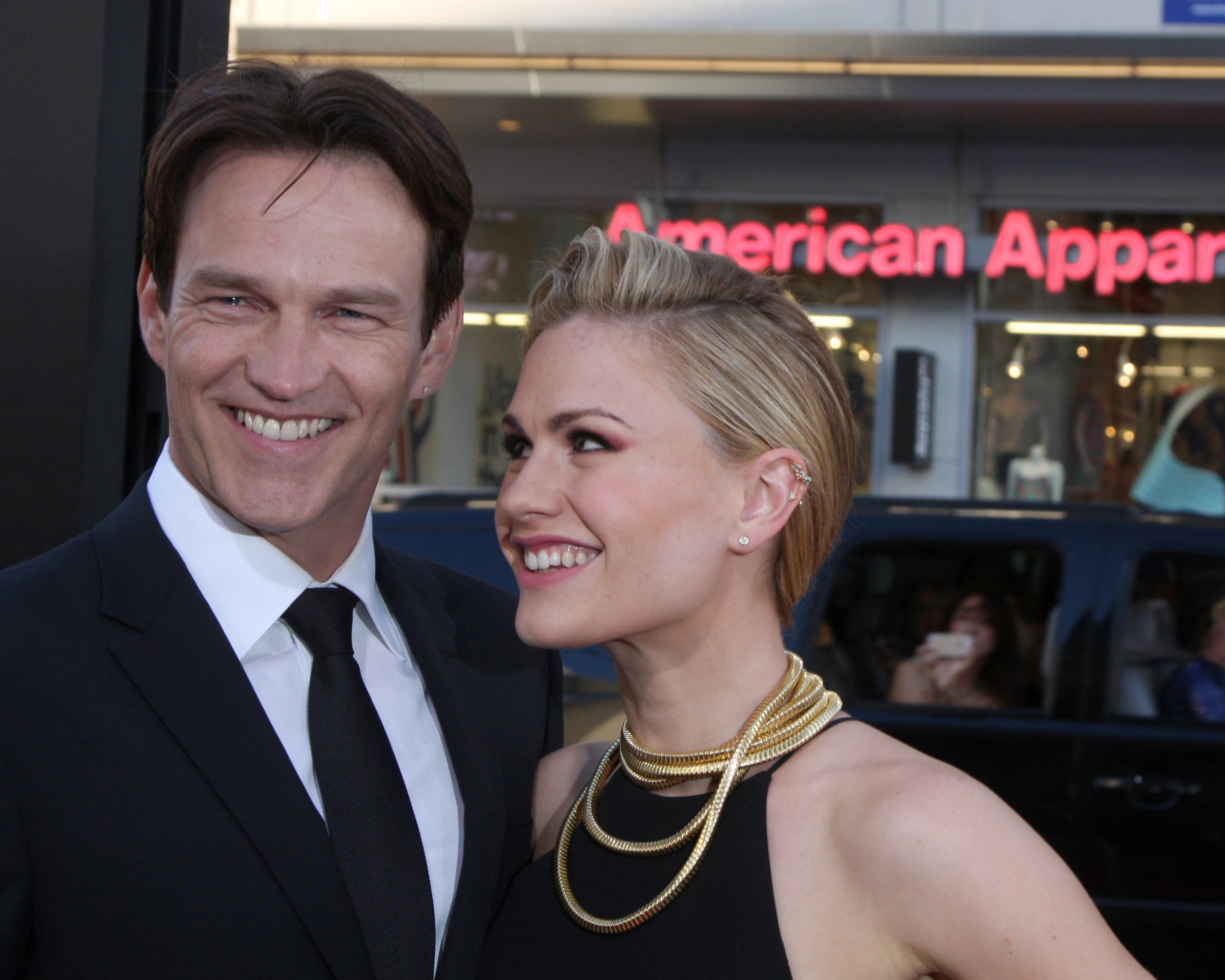 Anna Paquin and Stephen Moyer