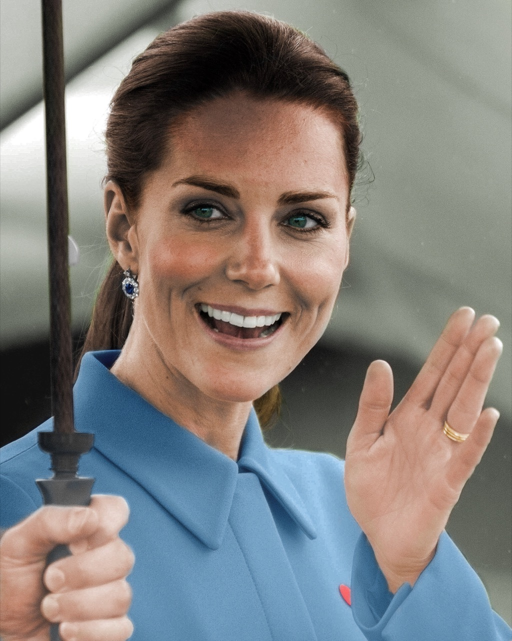 Kate Middleton only wears queen approved nail polish