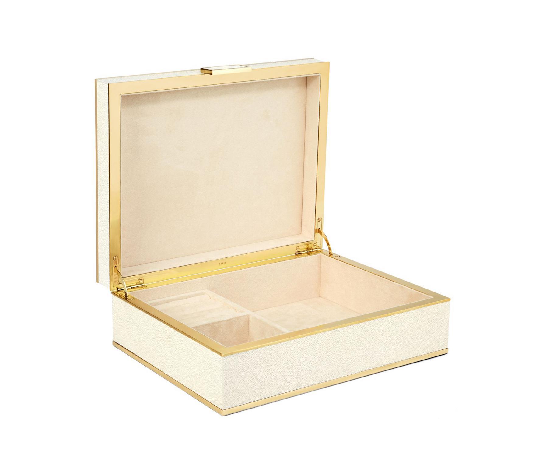 Super swag jewelry box, a stylish home upgrade.